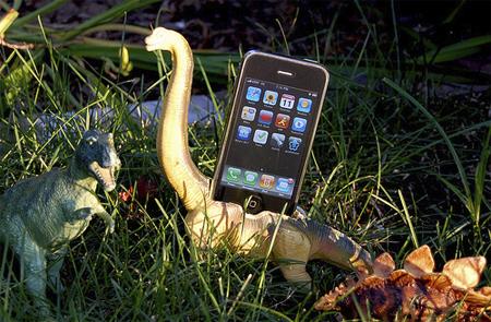 Dinosaur iPhone Dock