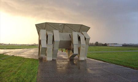 Walking Sculpture by Theo Jansen