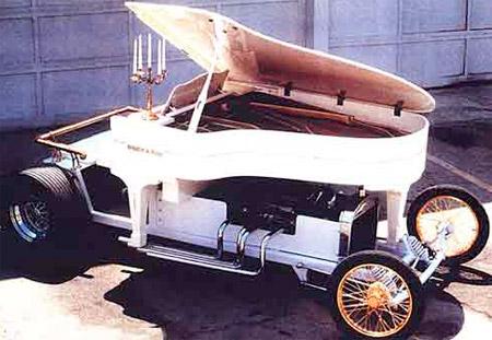 Piano Car
