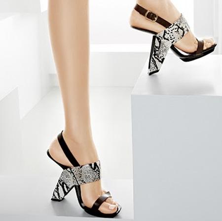 Ultra Loop Shoes