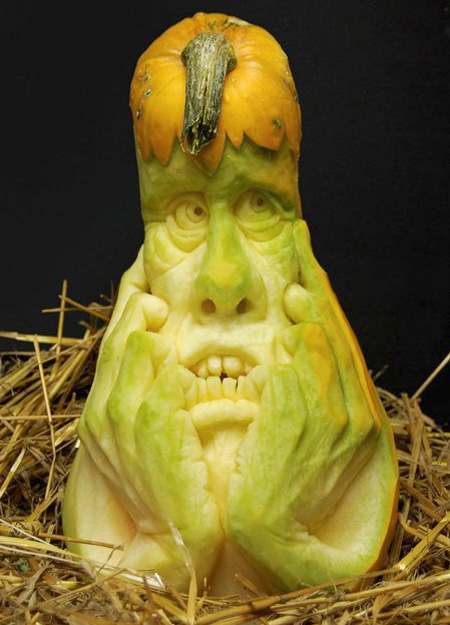 Scary halloween pumpkin carvings