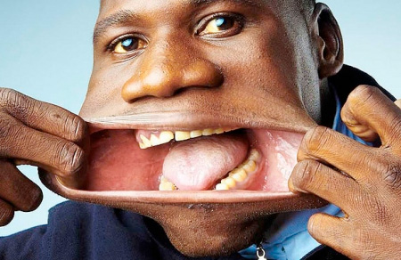 Worlds Widest Mouth
