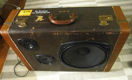 Briefcase Speaker