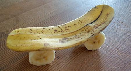 Banana Skateboard