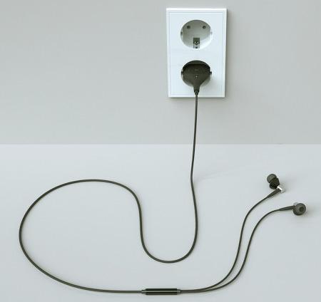 Plug Shaped Player
