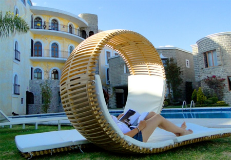 Loopita Lounger