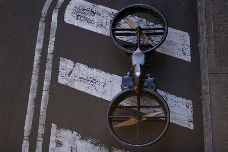 [تصویر:  hoverbike05.jpg]