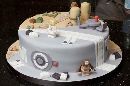 LEGO Indiana Jones Star Wars Cake