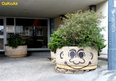 Troll Street Art