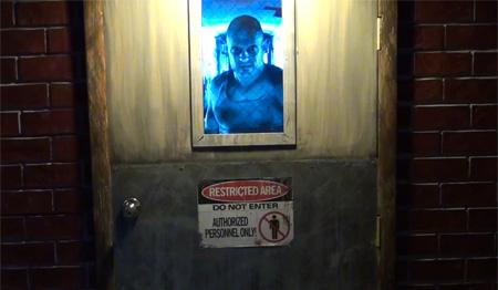 Axe Killer Animatronic Door & Scary Door for Halloween