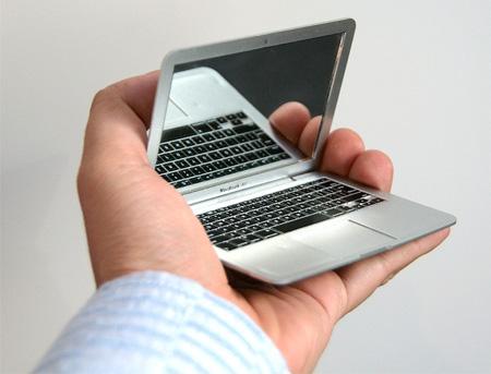 MirrorBook Air
