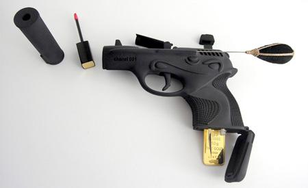 Gun Makeup Kit