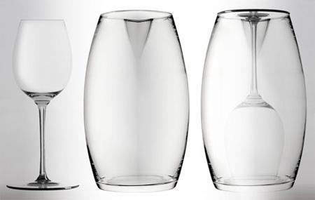 Introverso Wine Glass