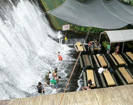 Waterfall Restaurant Villa Escudero