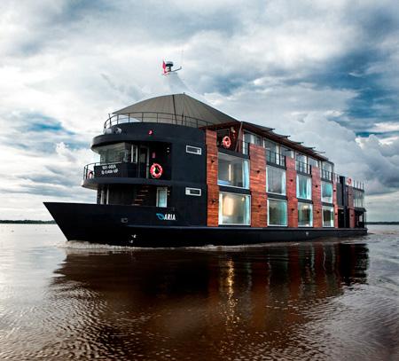 Hotel Ship