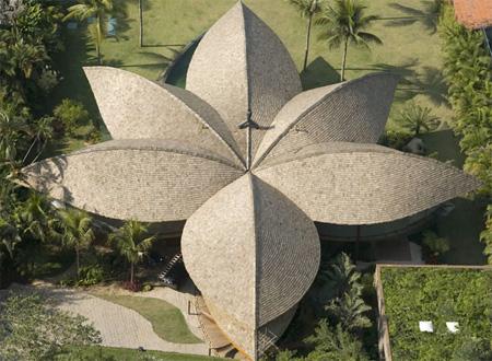 Leaf House in Brazil