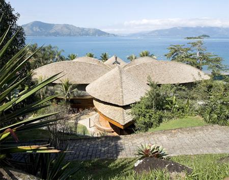 Mareines Patalano Leaf House