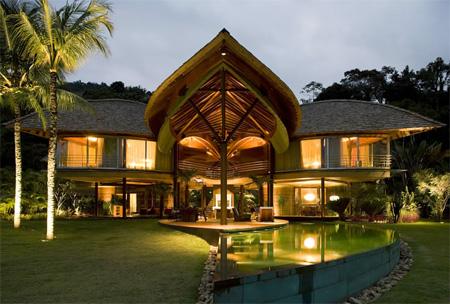 Brazilian Leaf House