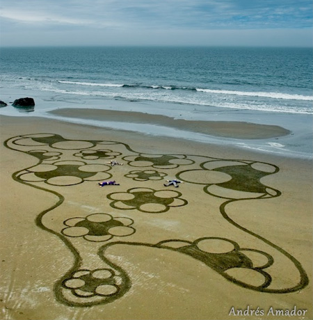 Andres Amador Sand Art