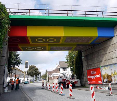 LEGO Bridge by Martin Heuwold