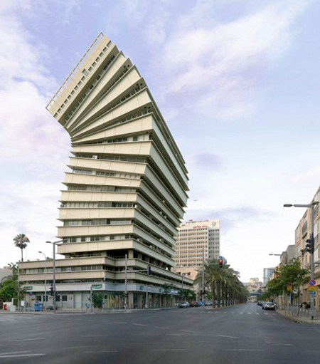 Building by Victor Enrich