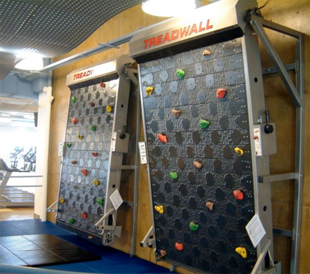 Vertical Treadmill