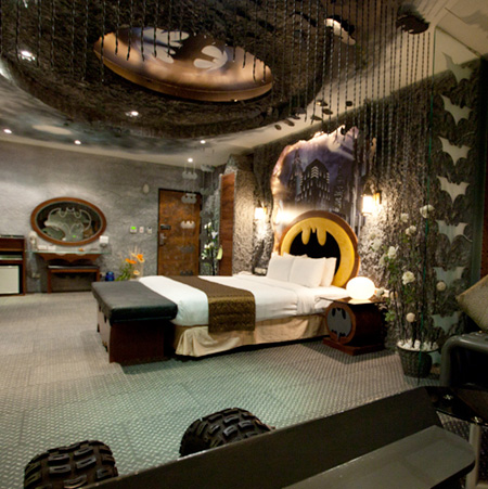 Cave Themed Hotel Rooms