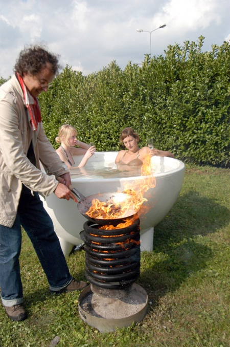 Also check out: Modern Hot Tubs and Stylish Bathtubs