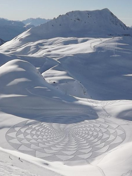 Snow Drawing by Simon Beck