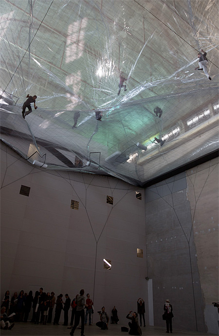 Cloud City by Tomas Saraceno