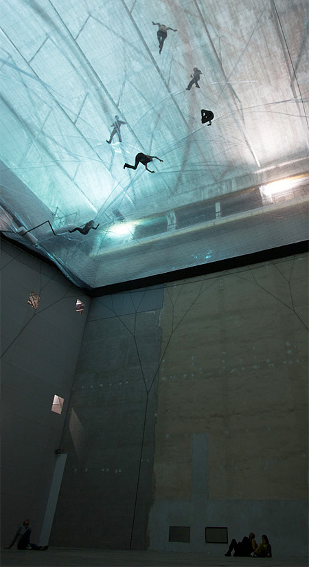 Cloud Cities by Tomas Saraceno