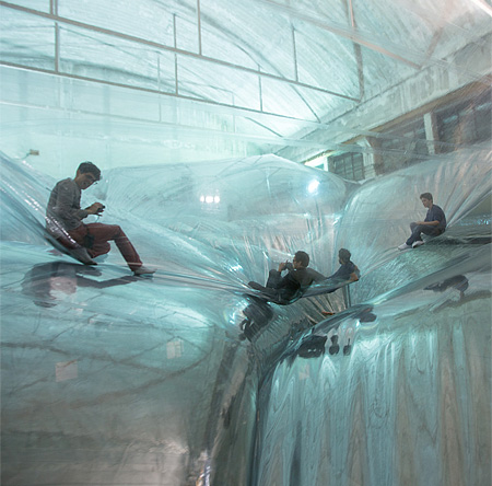 Cloud by Tomas Saraceno