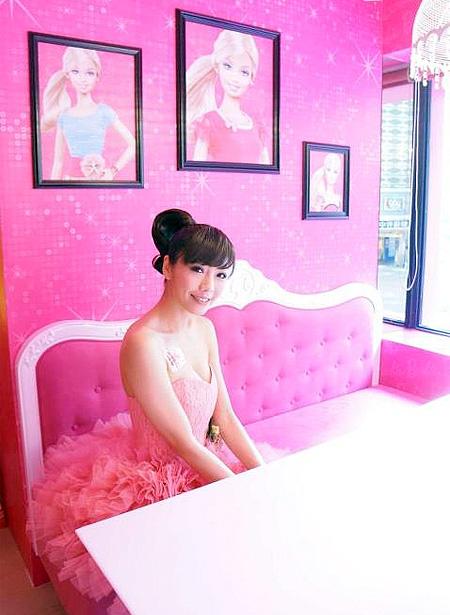 Official Barbie Cafe