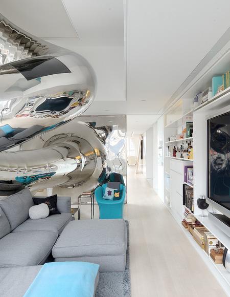 Slide Penthouse
