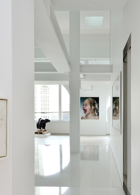 Apartment by David Hotson