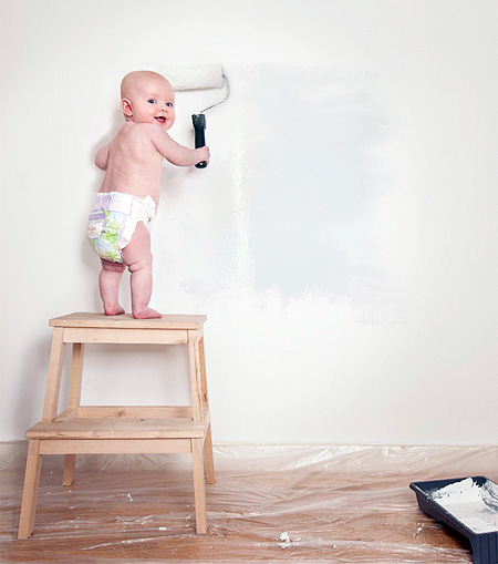 Creative baby photography for Peintre en batiment