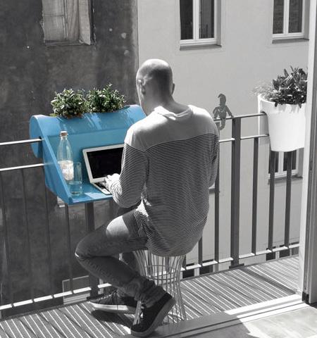 Balcony Railing Workstation