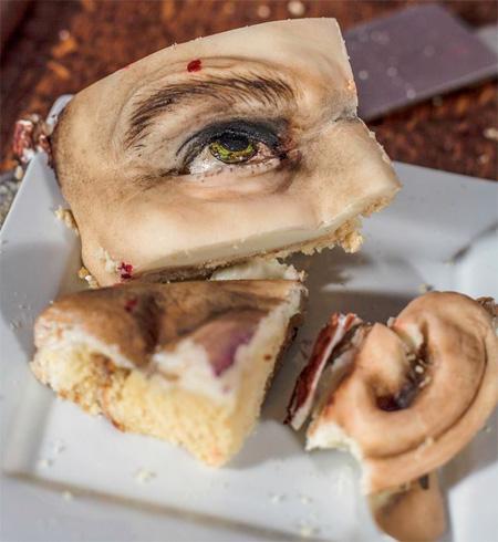 Annabel de Vetten Dexter Cake