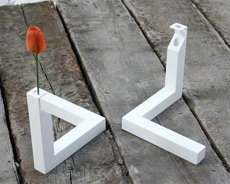 Optical Illusion Triangle Vase