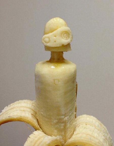 Banana Carvings by Keisuke Yamada