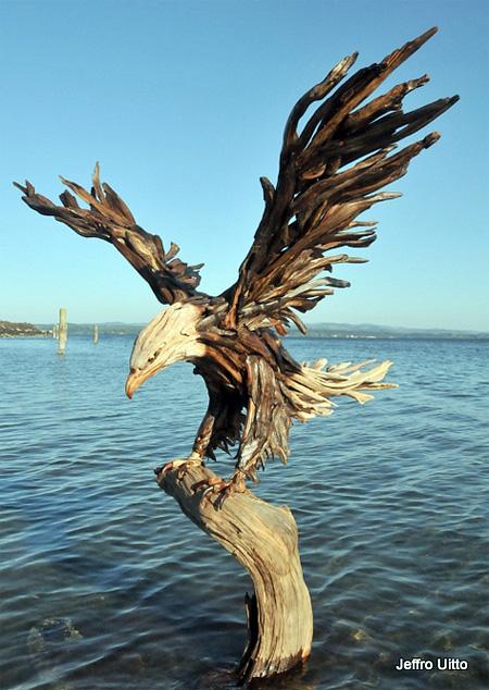 Driftwood Eagle
