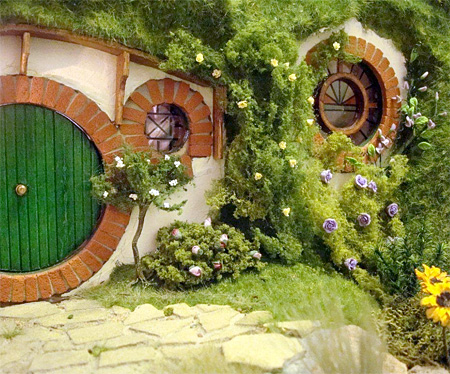 Lord of the Rings Dollhouse