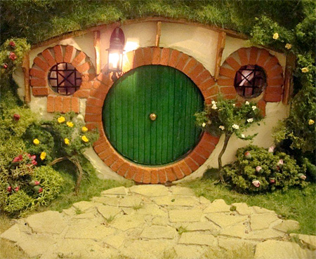Lord of the Rings Doll House