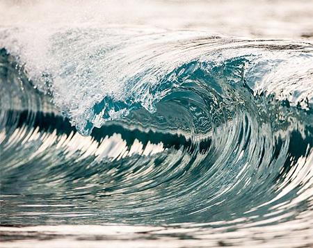 Waves by Pierre Carreau