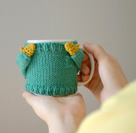 Knitted Sweater for Your Mug