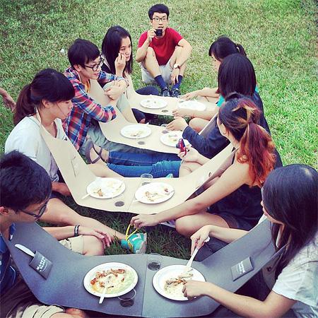 Napkin Pic Nic Table