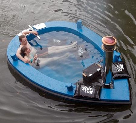 Jacuzzi Boat