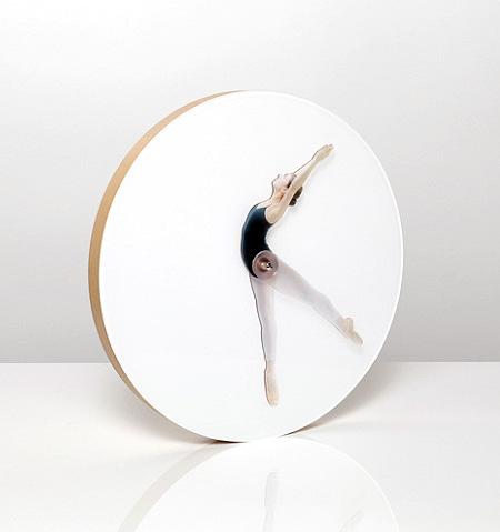 Black Swan Clock