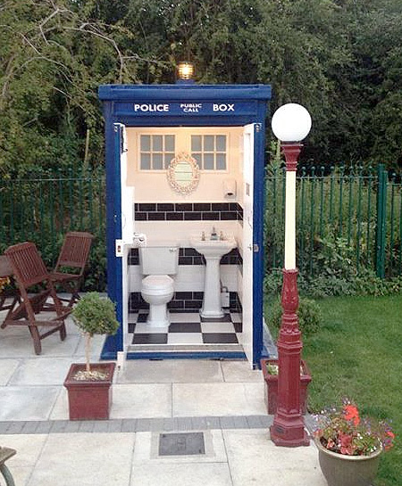 Doctor Who TARDIS Bathroom