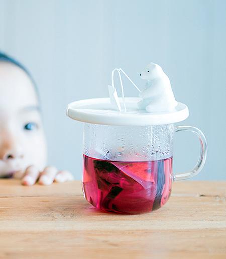 Fishing Polar Bear Tea Bag Holder